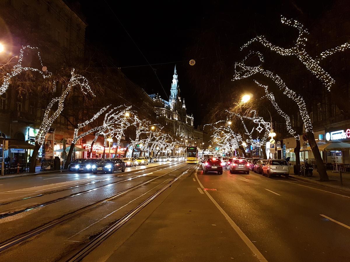 LINDENTREE, BUDAPEST **